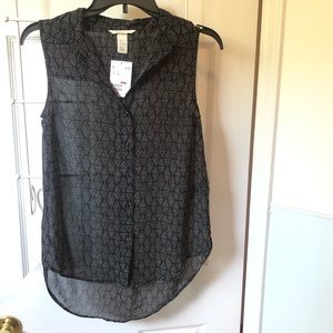 H&M high-low geometric sheer blouse, size 0